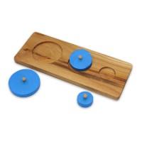 Дървен пъзел със сини кръгове